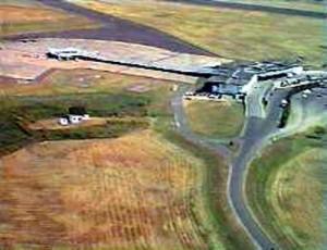 """Predio del aeropuerto de Resistencia, sede de la """"base humanitaria"""". Foto: Policía Aeronáutica Nacional."""